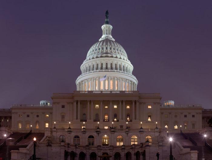 Declaración de American Oversight Sobre la Investigación de Destitución de Trump