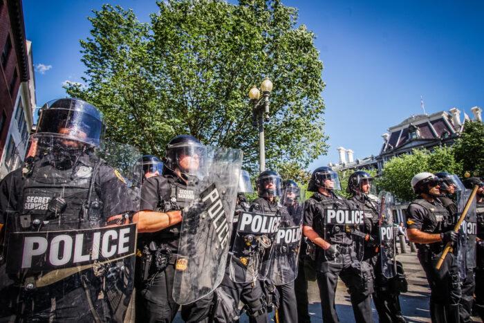 La respuesta de los cuerpos policiales a las protestas por justicia racial